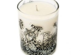 Bee Free Scented Organic Candle (Oats and Honey)