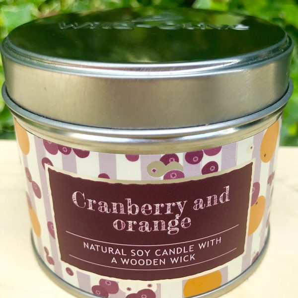 Natural Soy Candle with Wooden wick Cranberry and Orange